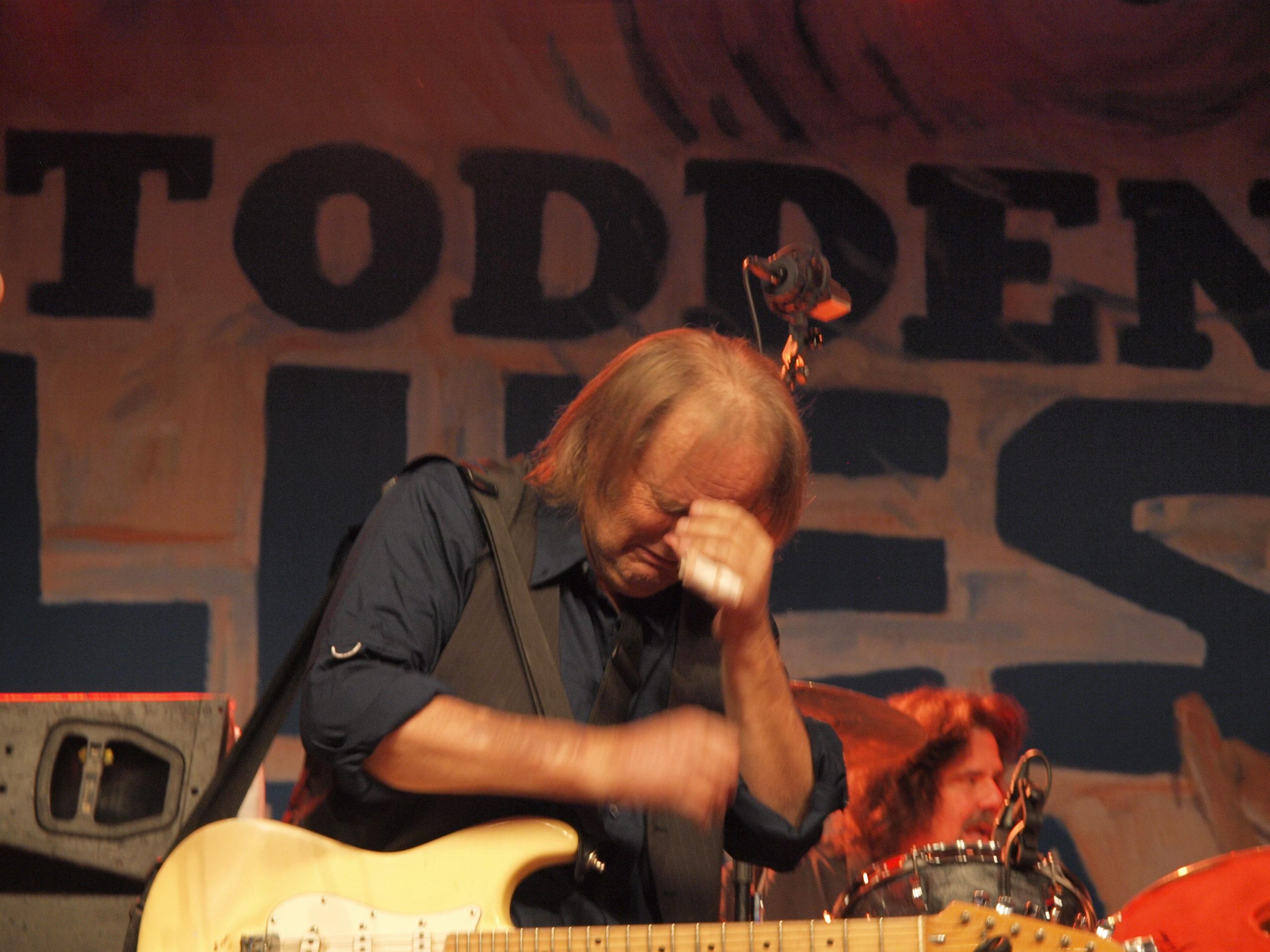 Kjærligheten fra publikum fikk Walter Trout til å bryte sammen under en konsert i fjor på Notodden Blues Festival i Telemark.